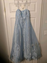 Cinderella floor length dress size 5/6 Toronto, M4W 1A9