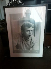 James dean poster with autograph doesn't know if it's real Toronto, M6A 3A8