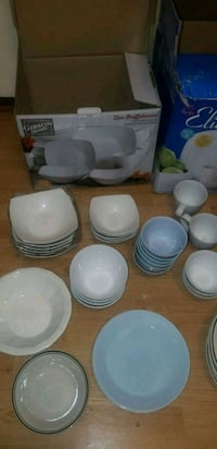 white ceramic dinnerware set with box Warren, 02885