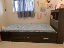 Toddler bed frame with mattress