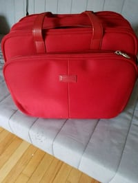 Red Wenger carrying case Ottawa, K1K 3B8