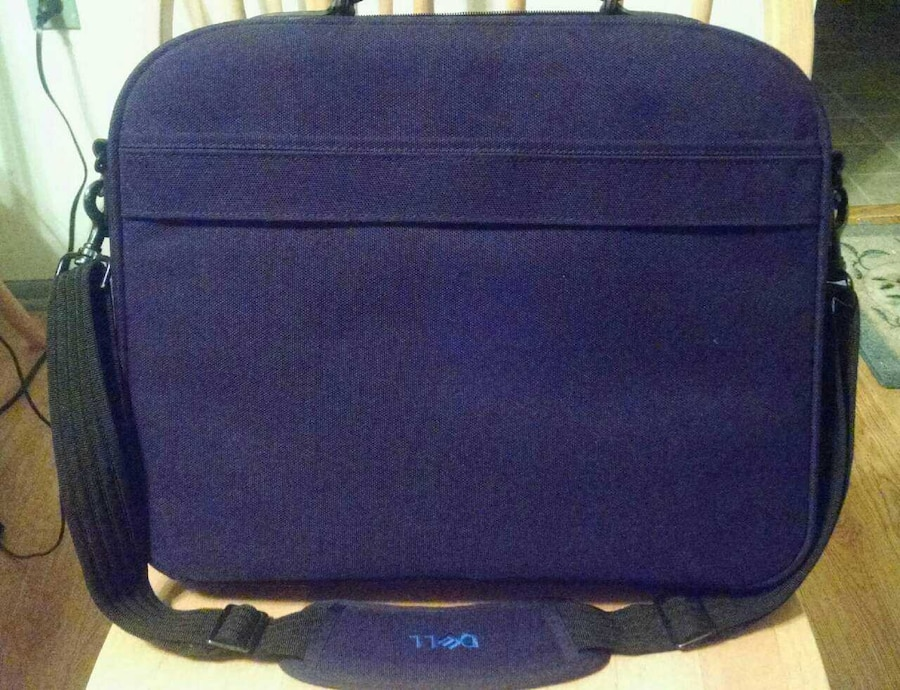 Black and leather Dell laptop case great condition - United States