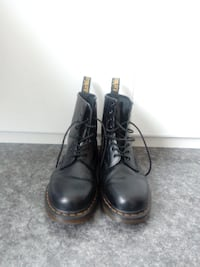 Dr. Martens Original black smooth boots Porsgrunn