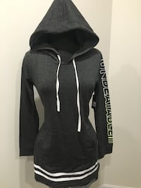 New grey hooded top size M Oakville, T1Y