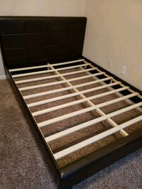 black and white wooden bed frame Katy, 77449