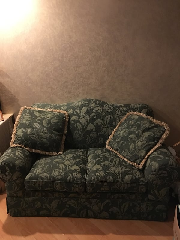 TWO Green Gold Floral Matching Sofa Couches 667bbef4-5783-4d10-a636-fd288d343918
