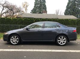 Acura TSX automatic Loaded with everything including GPS Clean title and clean carfax.
