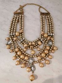 Vintage faux pearl necklace Langley City, V1M 3T4