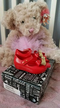 Brand new mini melissa shoes size 5 Marysville, 98270