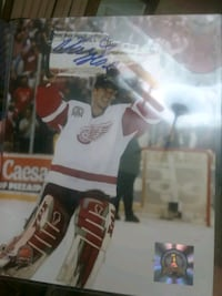 Dominick Hasek signed 8x10 Queens, 11379