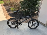 Black and red bmx bike Prairieville, 70769