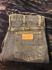 Wranglers Geary's Strait Cowboy Cut Collection 1490 mi