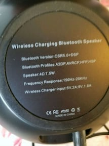 Wirles charging  bluthoo speakers
