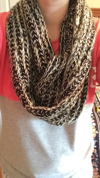 gray and black infinity scarf Killeen, 76542