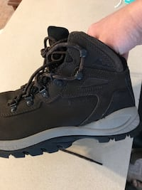 Columbia hiking boots BL 37 83–231 size 7.5