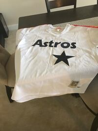 white and black Astros-printed V-neck t-shirt Odenton, 21113
