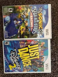 two Nintendo Wii game cases Lincoln, 95648