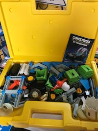 2 sets of Construx building Lowell, 01850