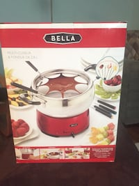 28 l red and white Bella multi-cuiseur and fondue set box Vaughan