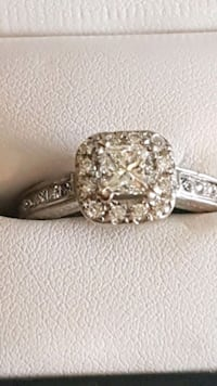 Engagement ring 6500 obo