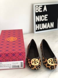 Tory Burch Leopard ballet flats size 7.5 Richmond Hill, L4B 3N9