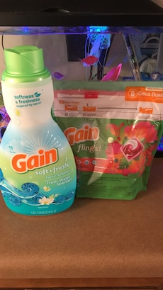 Gain Soft+fresh plastic bottle
