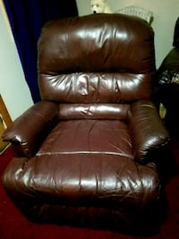 brown leather recliner sofa chair Memphis, 38016
