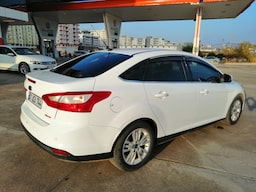 2013 Ford Focus STYLE 1.6TDCI 115PS 4K 3beee657-6d56-461c-bd1d-fbde3cf5153d