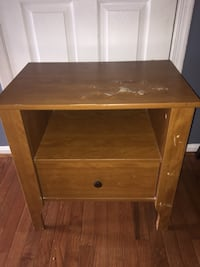 Used night stand  Fairfax, 22032