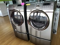 Samsung gray washer and dryer set with pedestals  47 km