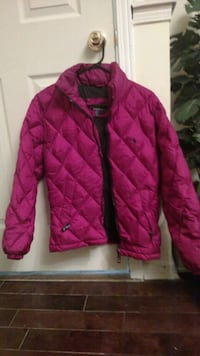 pink zip-up bubble jacket Mississauga, L5N 8P4