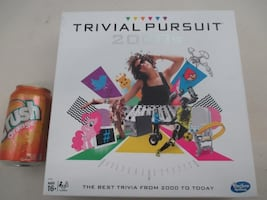 TRIVIAL PURSUIT 2000s Edition Board Game by Hasbro BRAND NEW