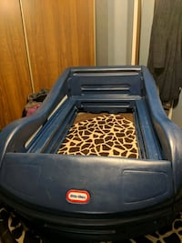 Toddler Car bed Niagara Falls, L2J 1B2