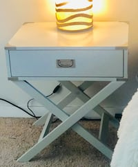 Nightstand/Accent Table