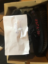 Yeezy bred size 10 North Miami, 33161