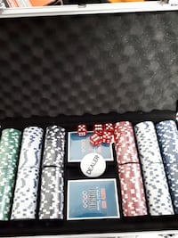 poker chip set with case Edmonton, T5Z 2X4
