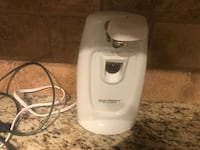 Electrical can opener