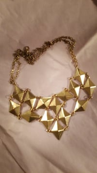 gold-colored chandelier necklace Ajax, L1T