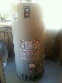Like New Bradford White 75 Gallon gas water heater Las Vegas, 89147