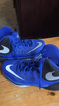 blue-and-black Nike basketball shoes San Angelo, 76901