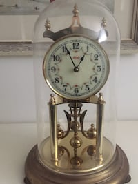 Vintage German Kundo 400 day anniversary clock. Works well, includes key