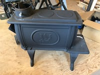 Wood stove, like new, fired up several times Deer Island, 97054