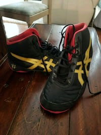Wrestling shoes, size 10 446 mi