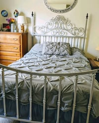 Bombay Company Full Size Metal Bed  Sterling