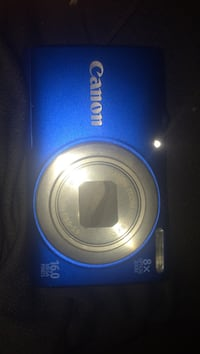 Canon 16 megapixel camera. No scratches. Comes with charger. Good for summer pictures with the family  Santa Rosa, 78593