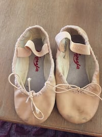 Ballet shoes- size 10 preschooler Fairfax, 22032