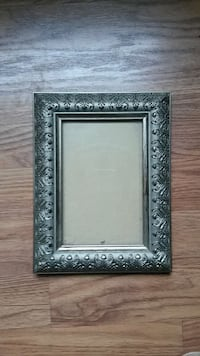"Silver Picture Frame with Flower Border 4"" x 6"""