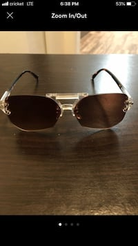 silver framed Ray Ban aviator sunglasses Memphis, 38119