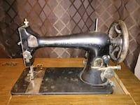Cast Iron Singer sewing machine Pensacola, 32526