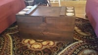 COFFEE TABLE /STORAGE CHEST Barrington, 02806